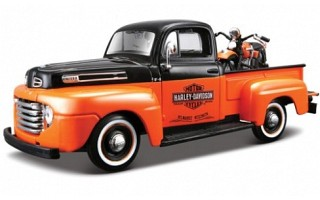 Ford F1 1948 pick up + H-D Panhead 1948