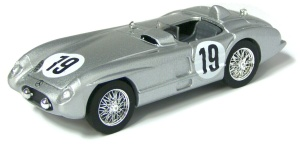 Mercedes Benz 300SLR (1955) Le Mans - No.19